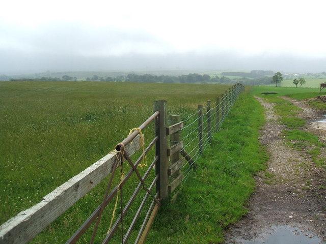 Fields near Sawbridge Hall