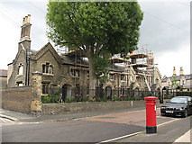 TQ1875 : Addition to Hickey's Almshouses by Stephen Craven