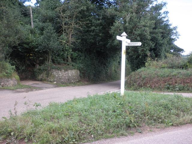 Minor road junction, near Westcott