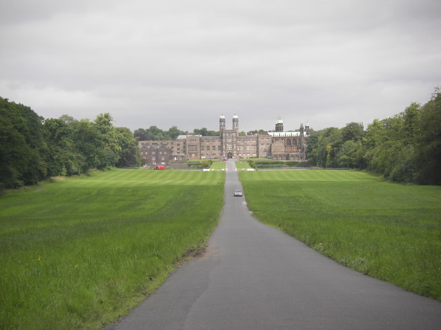 Road approaching Stonyhurst College