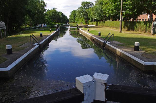 Unstead Lock, River Wey Navigation