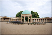 TG2007 : Eaton Park - bandstand and colonnade by N Chadwick