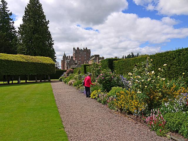 The Italian Garden, Glamis Castle