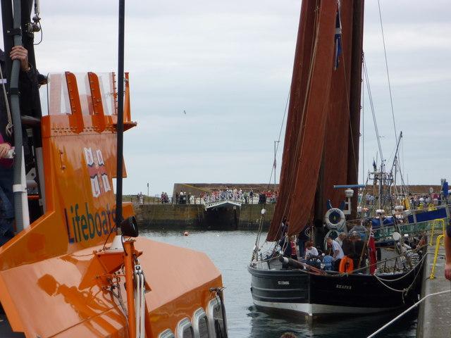Dunbar Lifeboat Day 2010 - Ancient and Modern at Victoria Harbour, Dunbar