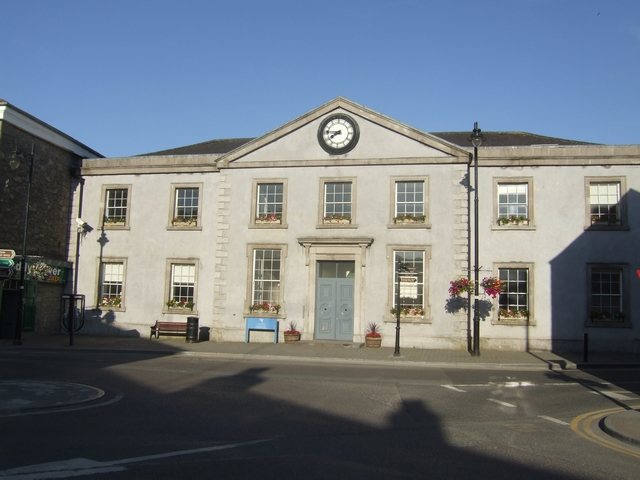 Trim Courthouse