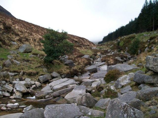 Water bourne granite blocks on the floor of the Glen River Valley