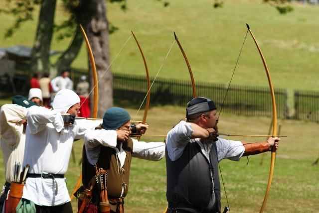 Archery at Appuldurcombe (2)
