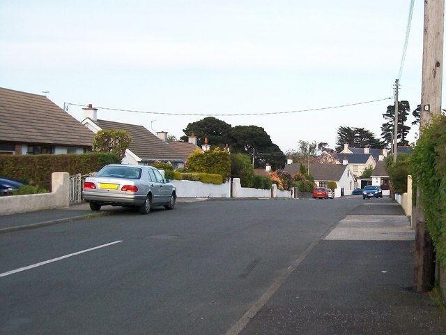The upper section of Slievenabrock Avenue
