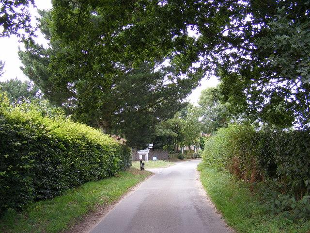 Entering Sweffling on Glemham Road
