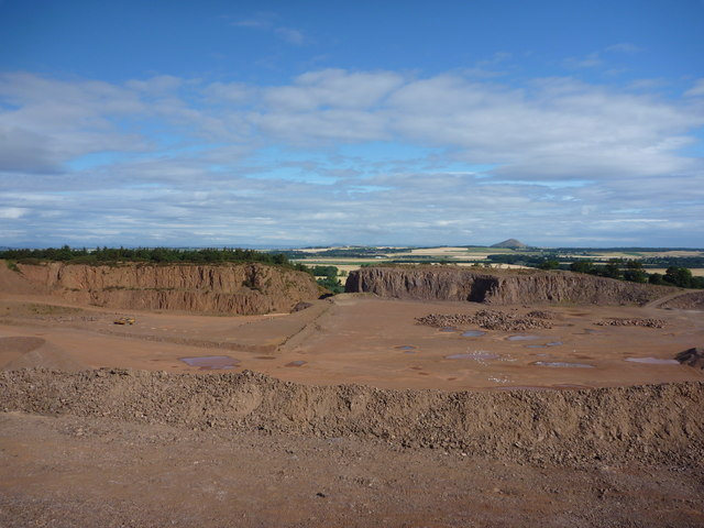 East Lothian Landscape : Markle Quarry - view from southern edge of quarry