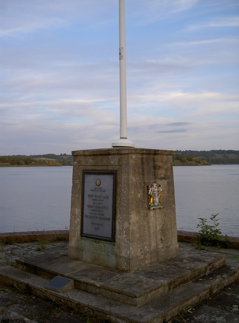 Commemorative plaque and flagpole