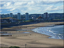 NJ9505 : Low Tide at Fittie by Colin Smith