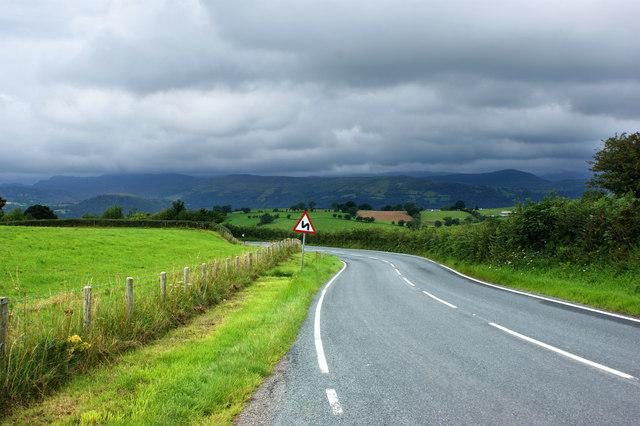 The A548 near Pentre-tafan-y-fedw