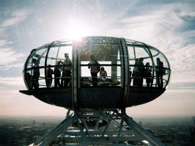 Capsule on the London Eye