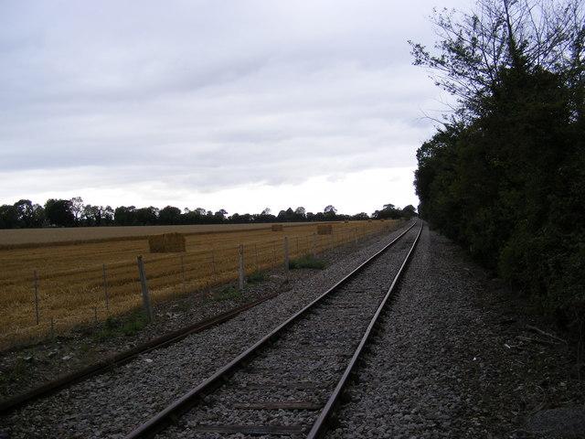 Along the railway tracks to Saxmundham