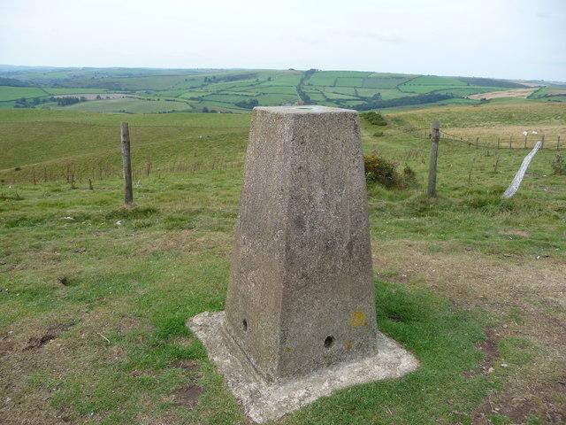 Cwm-sanaham Hill trig point