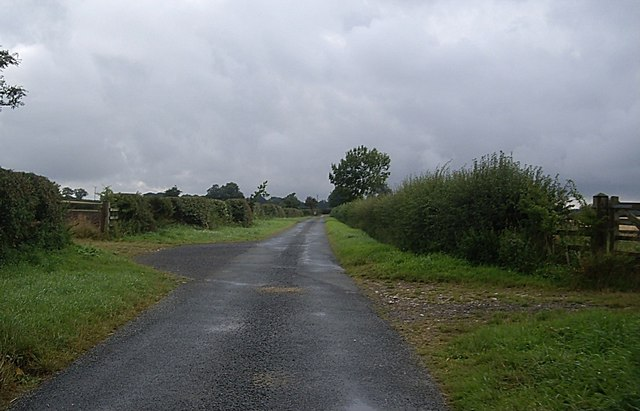 Approach to Murky Hill entrance