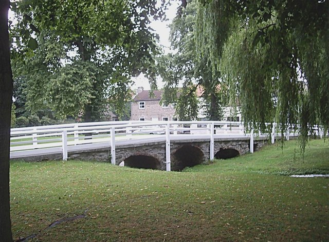 Footbridge in Marygate, Barton