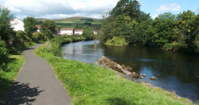 The River Leven: Dillichip Lade and a skimmer
