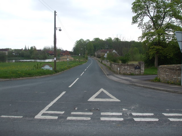 New Lane, Burton Salmon