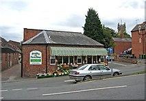 SO7875 : Bewdley Farm Shop, Dog Lane by P L Chadwick