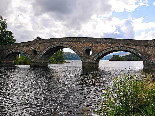 Tay Bridge, Kenmore