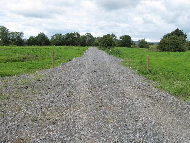 Gravel track near Tervoe