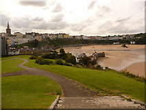 SN1300 : Tenby: the town from Castle Hill by Chris Downer