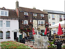 TR3752 : The King's Head, Deal by Chris Whippet