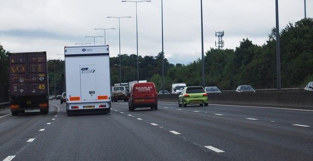 M25: anti-clockwise junction 9