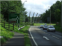NS3881 : A82 approaching Stoneymollan roundabout by Thomas Nugent
