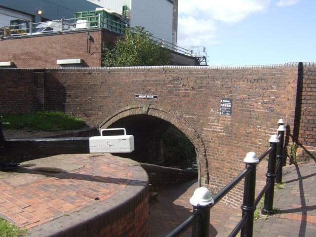 Birmingham Canal - Jordan's Bridge