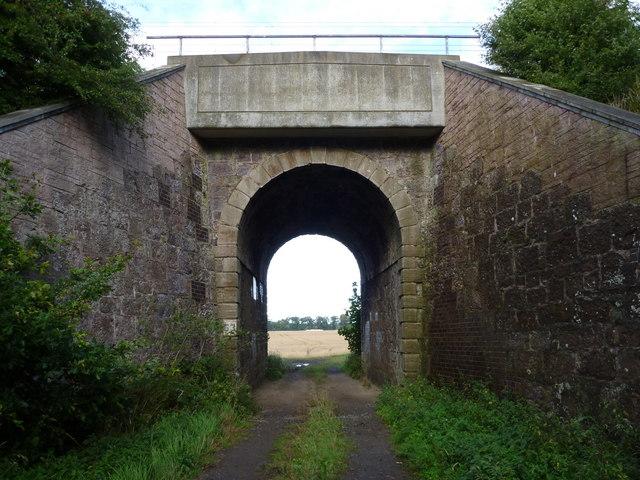 East Lothian Bridges : ECML Bridge 63 near Crauchie