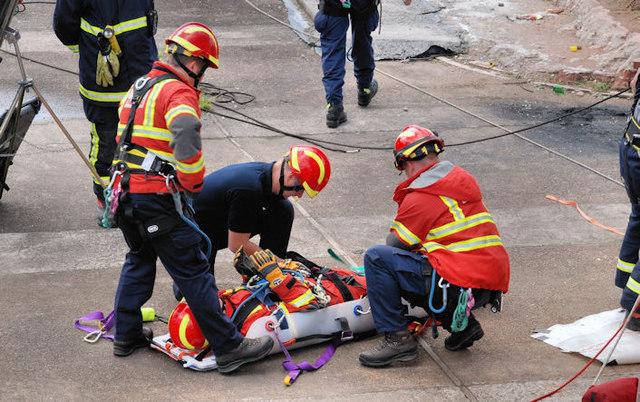 Lagan weir, Belfast - rescue exercise (2)