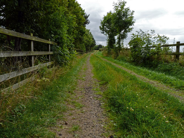 Footpath to adjacent to the A19