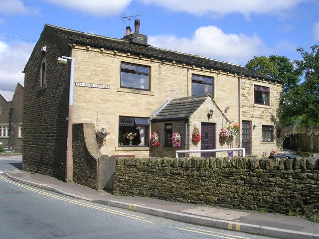 New Holme Cottages - Wainstalls Road