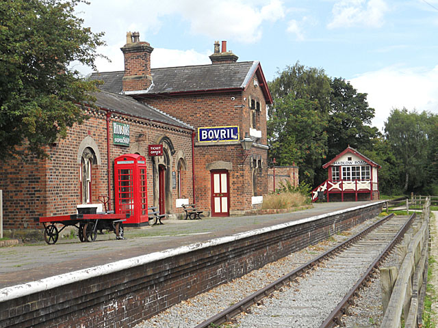 Hadlow Road Station on the NCR 56