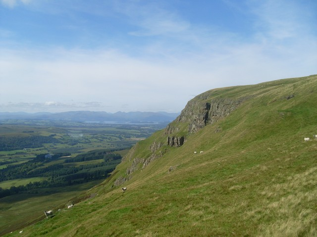 The rocky face of the Strathblane Hills