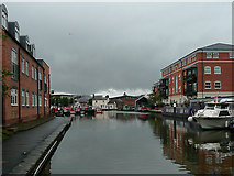 SO8554 : Canal approaching Diglis Basin, Worcester by Roger  Kidd