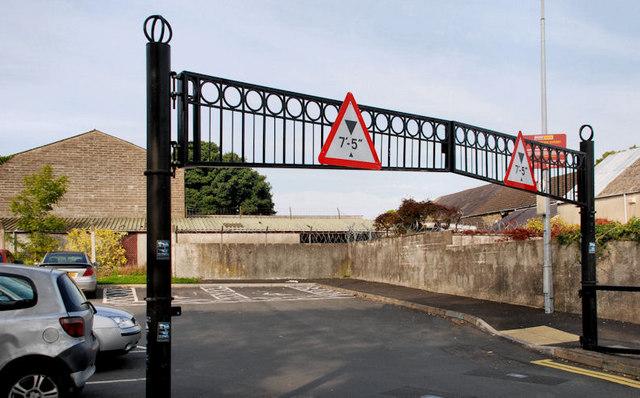 Height Restriction Signs Saintfield 169 Albert Bridge
