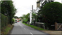 TM4077 : Approaching Holton village centre from Halesworth by Basher Eyre