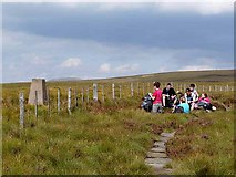 NT8717 : Young Pennine Way walkers at King's Seat by Oliver Dixon