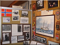 HU4039 : Shetland Bus Exhibition by Colin Smith