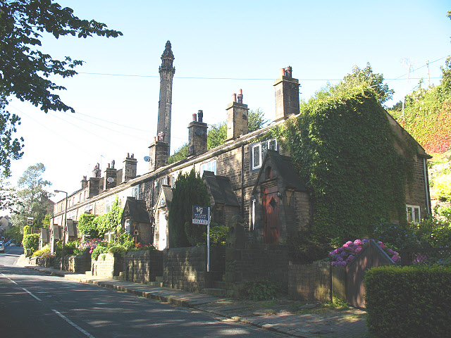 Houses on Scarr Bottom Road