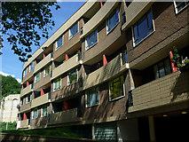 TQ3182 : Sadler House, Spa Green Estate, Finsbury, Islington by Julian Osley