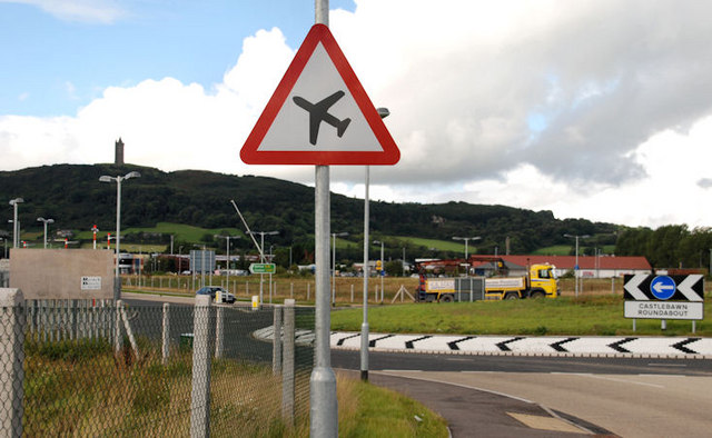 """""""Low-flying aircraft"""" sign, Newtownards"""