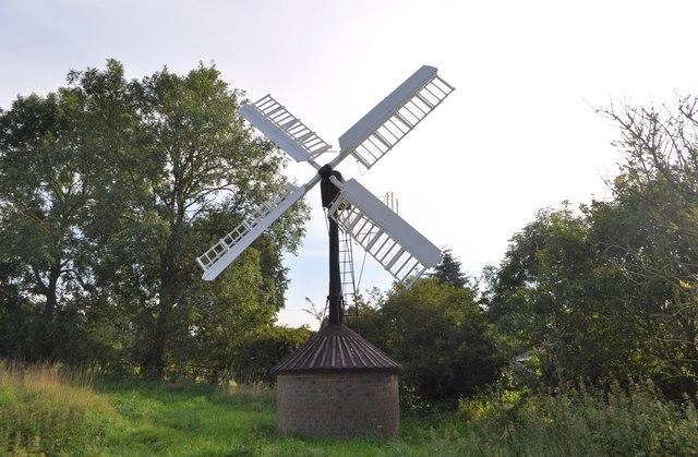 Starston Hollow Windpump