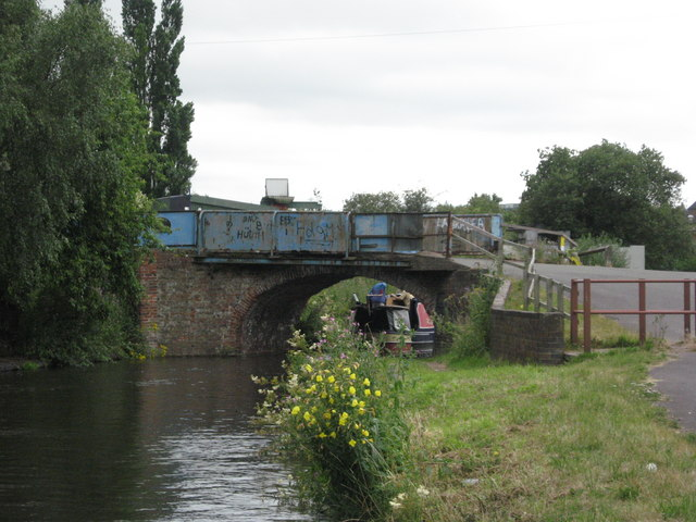Limekiln Bridge on the Staffs and Worcs Canal