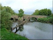 SK5907 : Thurcaston Road bridges over River Soar by David P Howard