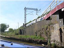 SP6165 : Railway Bridge Long Buckby by Mike Todd